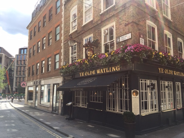 A famous pub (1668) built from ship timbers by Christopher Wren